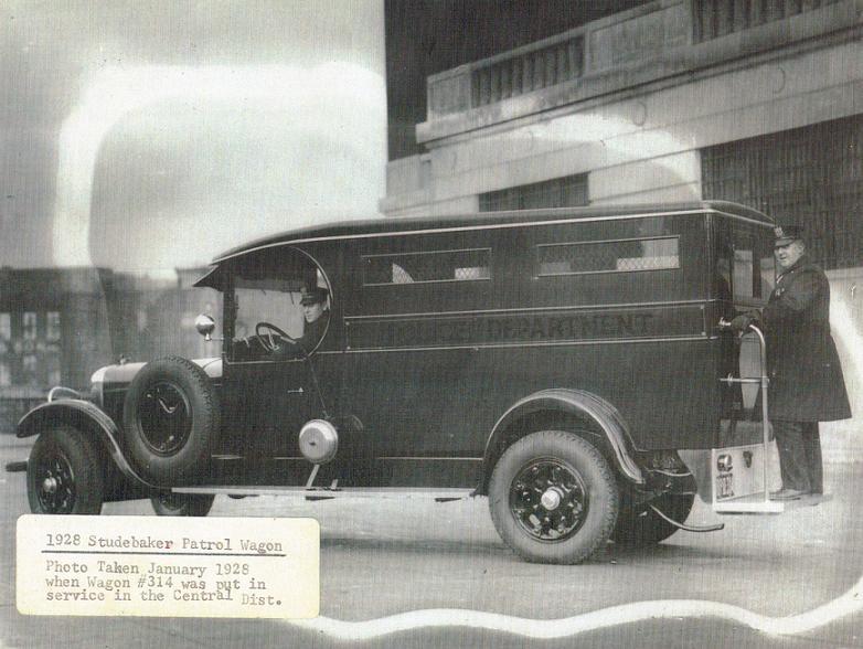 1928 Studebaker Patrol Wagon 314 CD