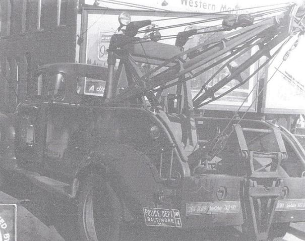 1940s Tow Truck
