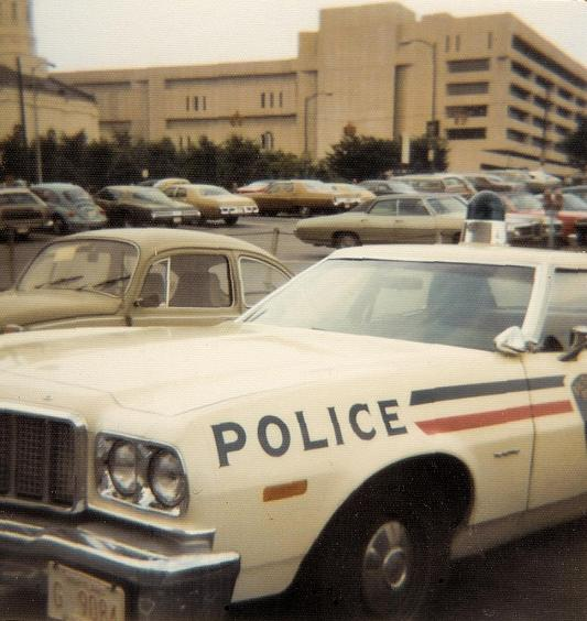 BPD ford red blue stripes 1975
