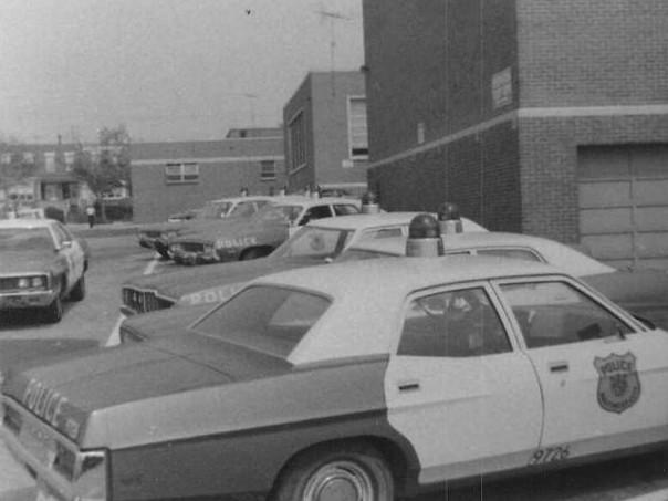 SED_Sector_4_cars_1973.jpg